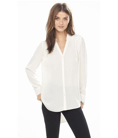 Blouse Tunik lyst express sleeve pleated tunic blouse in white