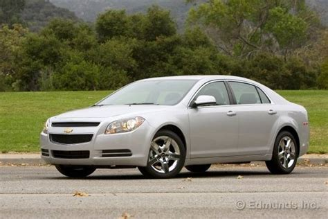 2010 chevy malibu fuel economy 2010 chevrolet malibu road test