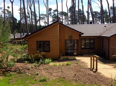 3 bedroom woodland lodge center parcs new style executive lodge picture of center parcs woburn