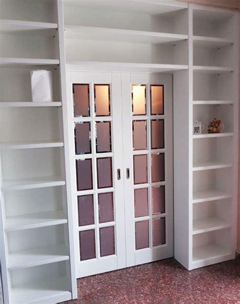 porta con libreria laccata