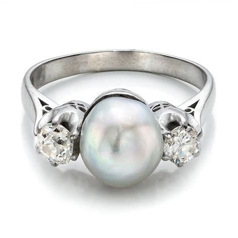 white pearl and ring 100765