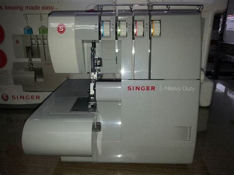 Mesin Obras Kecil Singer jual mesin obras singer 14hd854 heavy duty portable service jaya supply