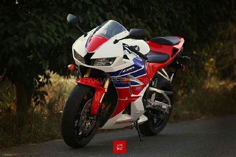 2014 cbr 600 for sale used honda cbr 600rr 2014 bike for sale in lahore 190481