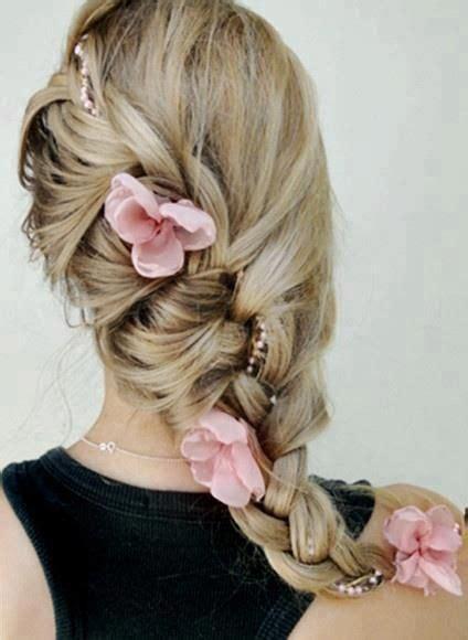pearl french braids bloemen en vlecht in bruidskapsel opgestoken haar enzo