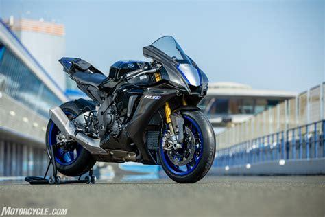 yamaha yzf  foto galeri motosiklet sitesi