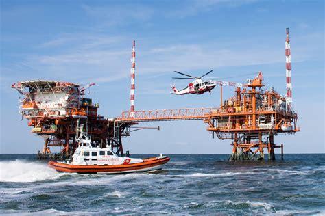 capitaneria di porto ravenna la capitaneria di porto impegnata nell esercitazione