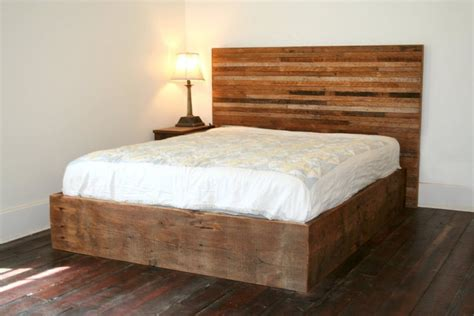wood bed headboards pallet bed with lights to achieve good sleeping quality