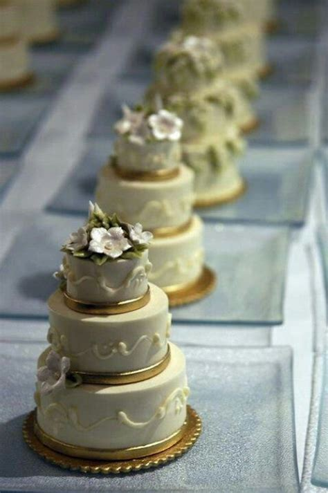 Mini Wedding Cakes by Mini Wedding Cakes Cake Designs