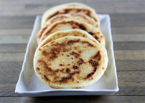 cucina venezuelana cheese stuffed style arepas recipe dishmaps