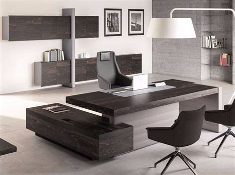 Modern Office Desk Designs 25 Best Ideas About Executive Office Desk On Pinterest Executive Office Furniture Office