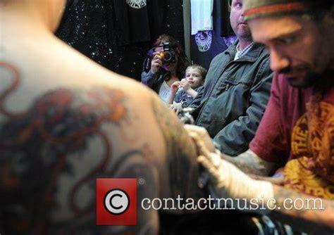 atmosphere tattoo london ky atmosphere international london tattoo convention held