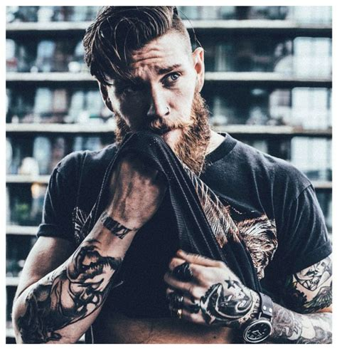 beard tattoo 25 best ideas about beard on bearded