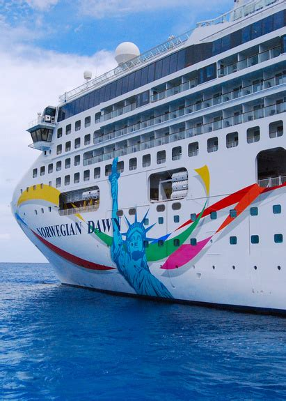 Norwegian Dawn Cruise Reviews 2011