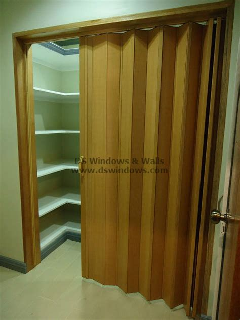 Walk In Closet Philippines by Accordion Door For Closet Or Shoe Shelves Tagaytay