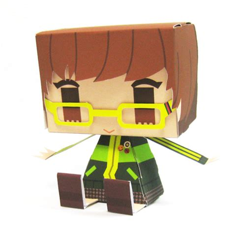 Persona Papercraft - these persona 4 papercraft will cheer up your desk