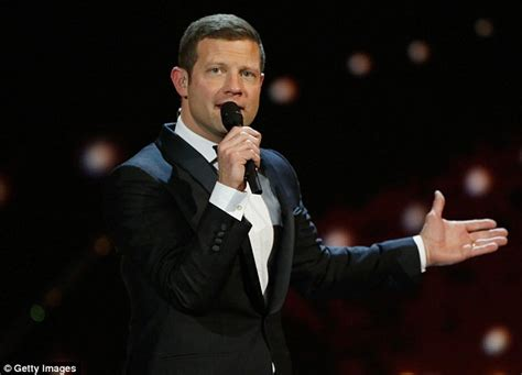 Resume X Factor by Dermot O Leary Confirms He Is Returning To The X Factor