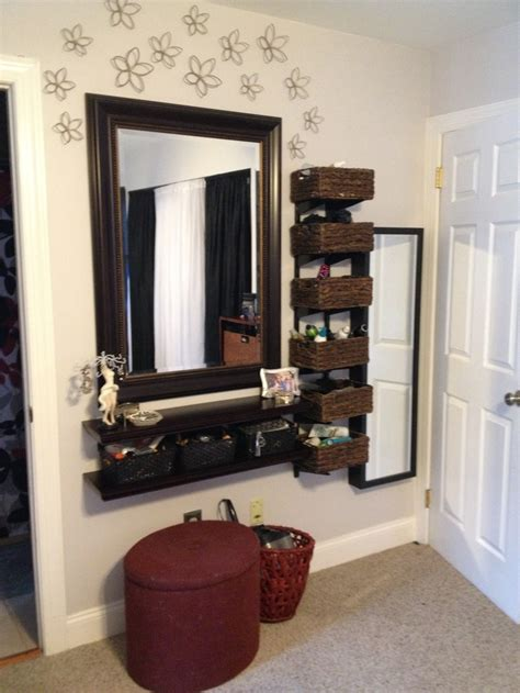Vanity Area In Bedroom by