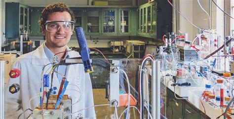 electrochemical energy storage  conversion laboratory