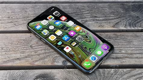 iphone xs review  solid upgrade   great phone