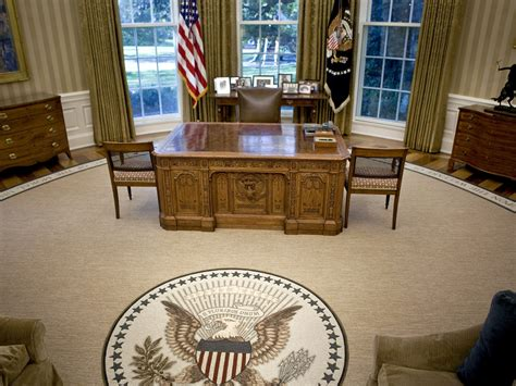 what floor is the oval office on nov 06 2012