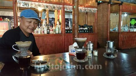 kedai kopi pojok perumahan kahuripan nirwana racikannya