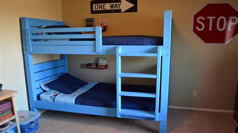 how to make bunk beds how to build pallet bunk beds