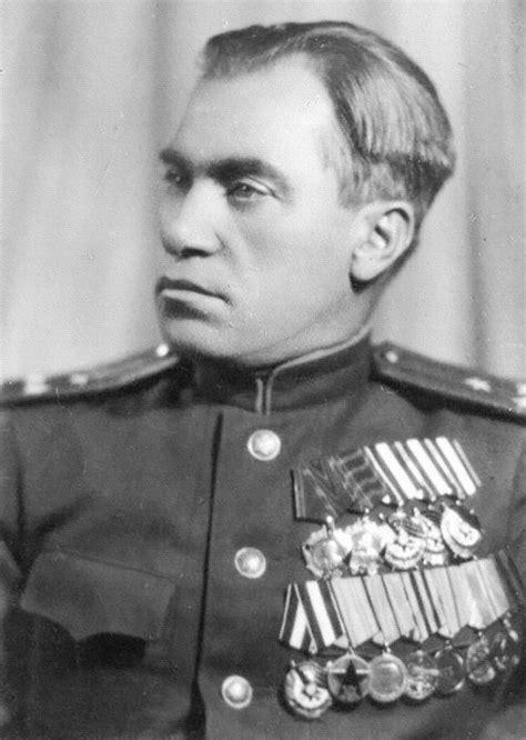 Ilya Starinov, Panyabot Ulung Soviet Semasa Perang Dunia