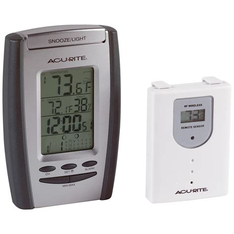 acurite backyard weather thermometer acu rite 174 wireless thermometer with humidity clock and remote sensor 108115