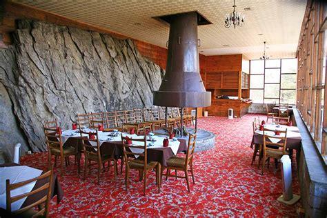 everest room my nepal trek story hotel everest view s easter planet janet travels