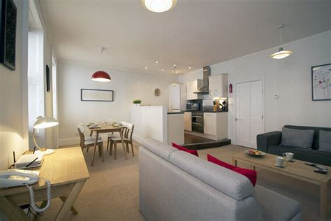 three s company apartment location book two bedroom apartments for three persons in bloomsbury apartments