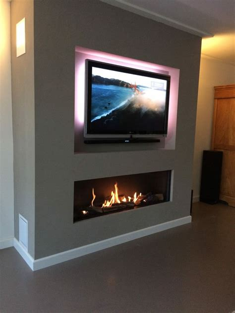 20 amazing tv above fireplace design ideas decoholic 522 best linear fireplaces linear contemporary images on