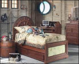 Beds boat beds pirate bedroom decorating ideas pirate costumes