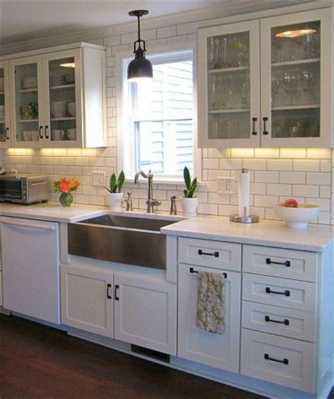Joyce's Black & White Kitchen   Hooked on Houses