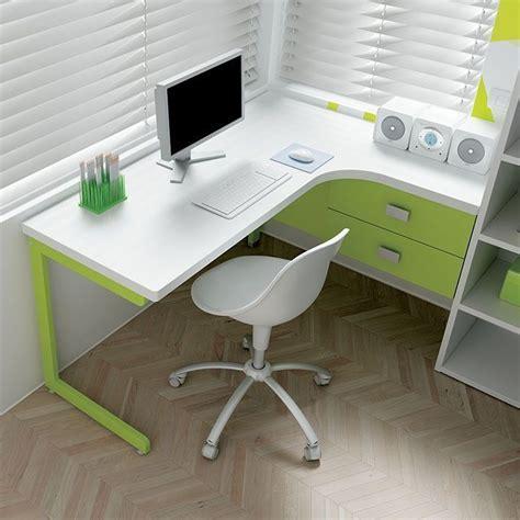 scrivania angolo oltre 25 fantastiche idee su angolo scrivania su