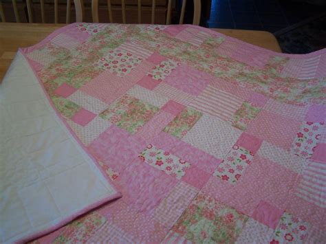 Home Decorating Tips For Beginners by You Have To See Disappearing 9 Patch 2nd Baby Quilt