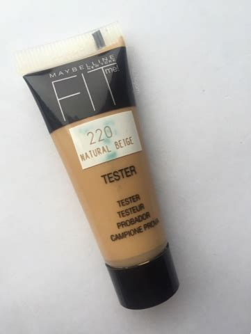 Maybelline Fit Me Foundation 220 maybelline fit me foundation in 220 review and