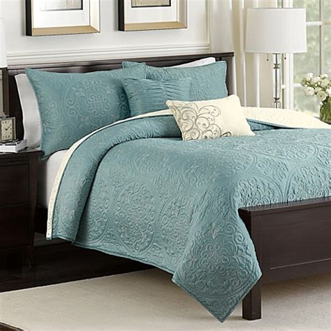 real simple coverlet medallion reversible quilt set in teal bed bath beyond