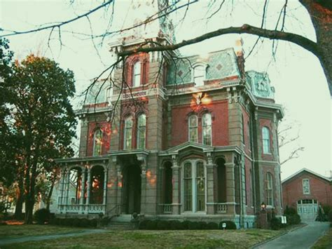 woodruff fontaine house the most haunted buildings by the mississippi river the ghost diaries