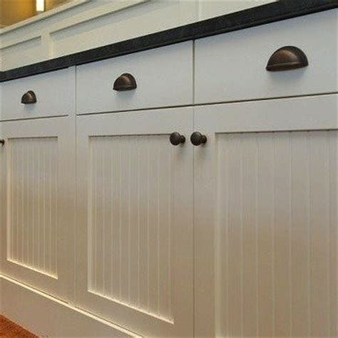 farmhouse kitchen cabinet hardware kitchen hardware ideas 10 styles to update your kitchen