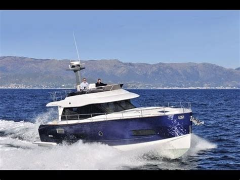 boat vinyl wrap darwin motor boat yachting owner s upgrade azimut 46 doovi