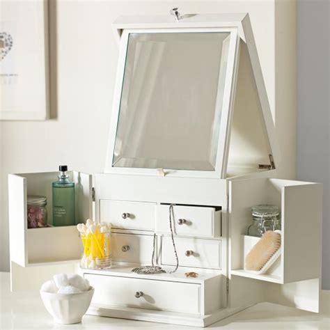 ultimate vanity