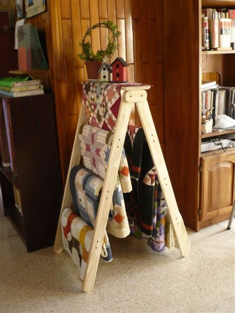 How To Make A Ladder Quilt Rack by Ladder Quilt Rack Gift Ideas
