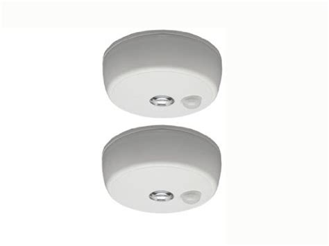 Led Battery Operated Ceiling Light Mr Beams Mb982 Battery Operated Indoor Outdoor Motion Sensing Led Ceiling Light White 2 Pack