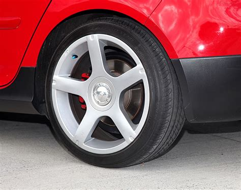 most comfortable car tyres dunlop veuro ve302 damn quiet tyres autokinetics tyre