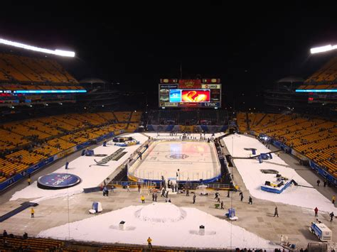 Coors Light Outdoor Series Coors Light Outdoor Series 2014 Coors Light Nhl Stadium Series Outdoor Preview Nhl To Host