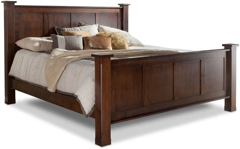 Daniel S Amish Bedroom Furniture Treasure King Bed W Std Height Footboard By Daniel S Amish Collection House Of Bedrooms