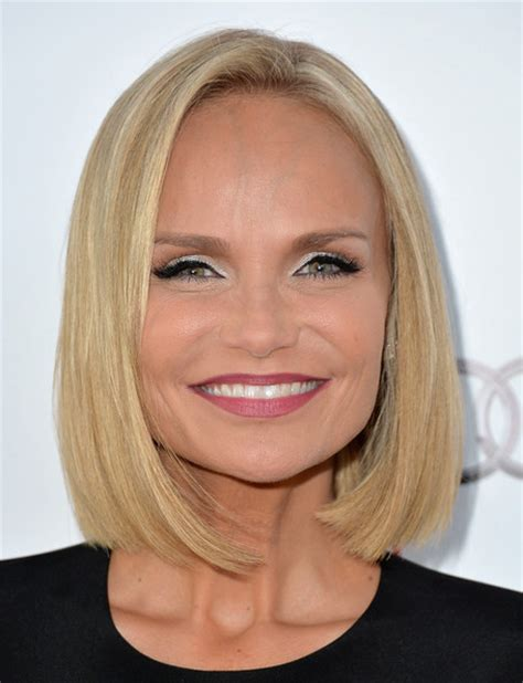 kristin chenoweth short hairstyle with hairstyles hair kristin chenoweth short straight cut short hairstyles