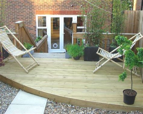 Decking Ideas For Small Gardens 16 Best Images About Garden Decking Designs And Ideas On Pinterest Gardens Composite Decking