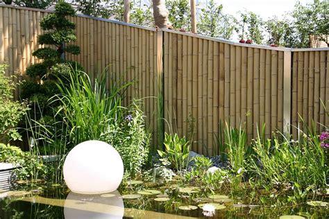 garten sichtschutzzaun sichtschutzelemente aus bambus und edelstahl bambusrohre