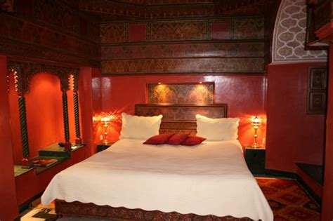 moroccan decorating ideas for bedrooms moroccan decor moroccan decorating color schemes